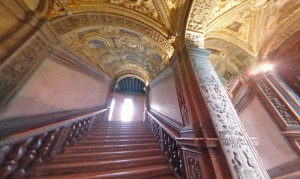 Golden staircase (Foto: 3D Arounder)