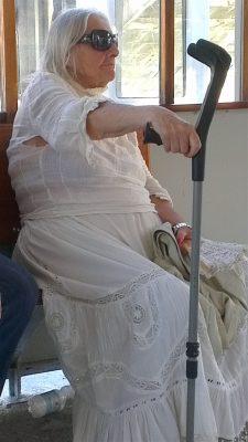 oude naaister, vergane glorie