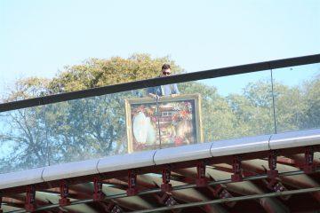 met schilderij over de Calatrava-brug (Costituzione)