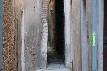 smalste straatje in Venetië: 54 cm breed