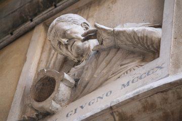 Huisvrouw laat vijzel vallen - Torre del Orologio - Bajamonte Tiepolo