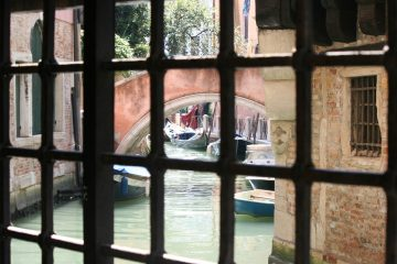 blik vanuit Casa di Goldoni