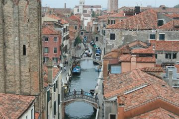 Uitzicht 3e verdieping achterzijde Ca'Rezzonico